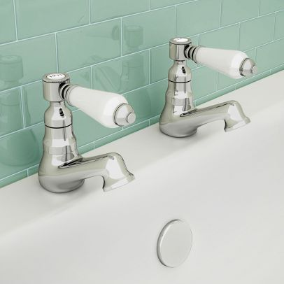 Imperior Traditional Hot & Cold Twin Bath Taps